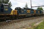 CSX 6454 on Q410